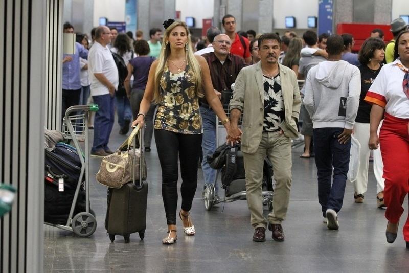 Ângela Bismarchi e o marido viajam em lua de mel para Miami