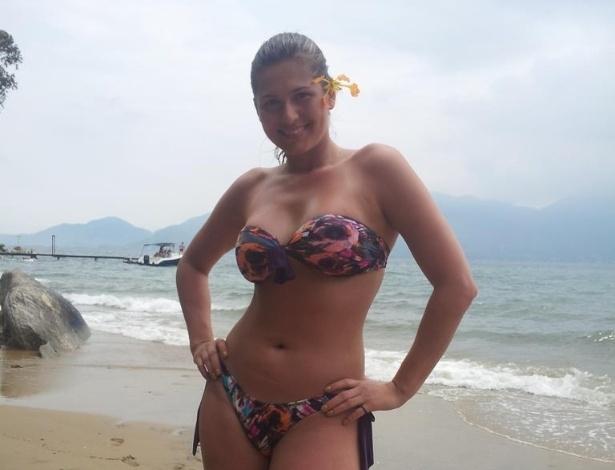 8.jan.2013 - A atriz Lívia Andrade publicou foto de biquini durante suas férias na praia. Na legenda, ela escreveu: