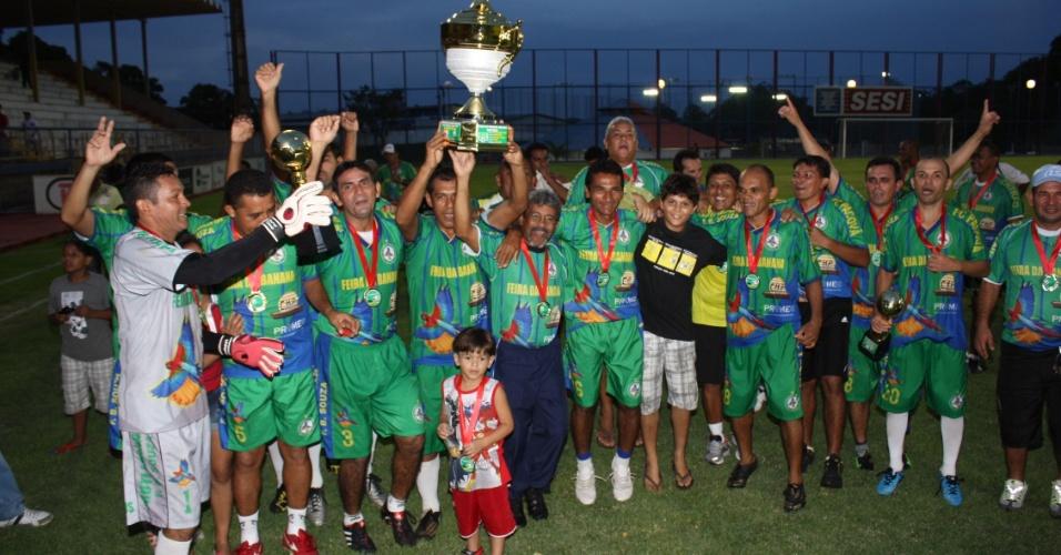 Clube Feira da Banana foi o vencedor da categoria master da edição 2012 do Peladão Verde