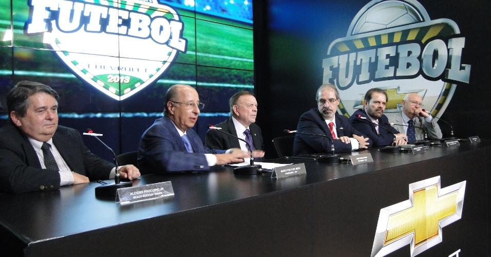 09dez13 - Presidente da CBF e da Federação Paulista anunciam acordo com a Chevrolet