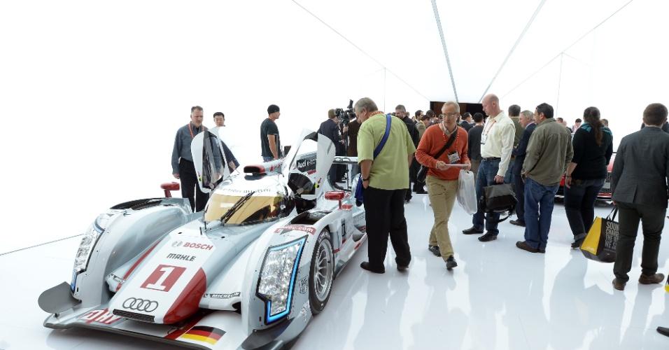 9.jan.2013 - Carro híbrido Audi R18 é exibido no evento em Las Vegas
