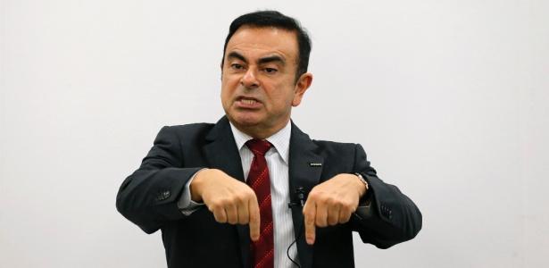 Carlos Ghosn, presidente da aliança Renault-Nissan, fala no Japão em dezembro de 2012 sobre os planos de expansão do grupo no mercado premium, que incluem a parceria com a alemã Daimler - Kim Kyung-Hoon/Reuters