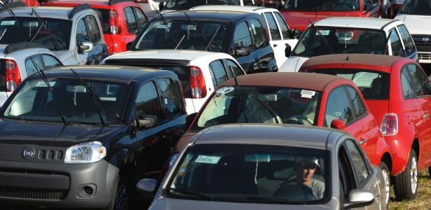 Estoque em loja de carros da Fiat, marca com maior participação de mercado no Brasil - Adriana Franciosi/Agência RBS