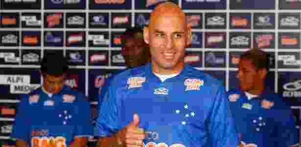 Zagueiro Bruno Rodrigo, que veio do Santos, é apresentado pelo Cruzeiro (11/1/2013) - Washingfton Alves/Vipcomm - Washingfton Alves/Vipcomm