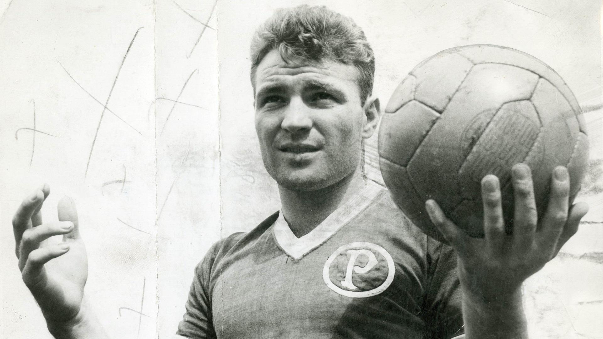 Nos remotos anos 50, onde não era tão comum jogadores brasileiros nos times europeus, o Milan apostou no jovem Mazzola e ganhou um dos maiores ídolos de sua história