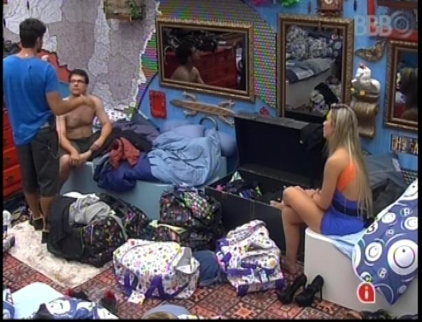 14.jan.2013 - André e Fernanda pedem desculpas a Ivan por indicação ao Paredão
