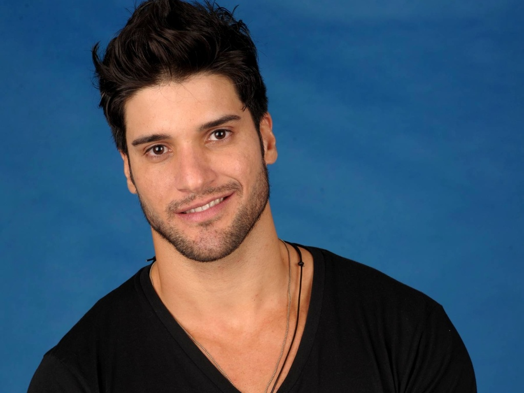 Foto oficial de Marcello, participante do
