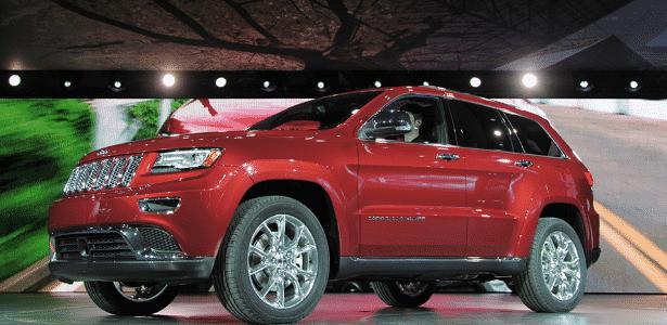 Novo Jeep Grand Cherokee 2014 ganhou desenho mais agressivo com faróis e lanternas com LEDs - AFP