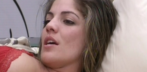 Anamara diz que pretende pegar Marcello na próxima festa