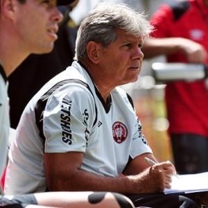 Após vitórias, o técnico Arthur Bernardes exaltou o planejamento feito pela diretoria do Atlético-PR