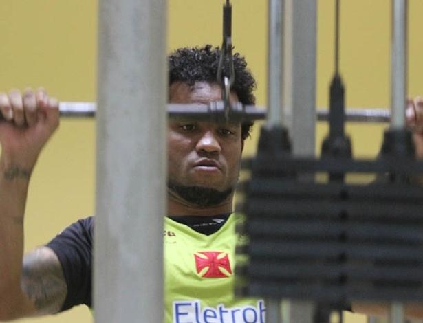 Carlos Alberto treina na academia durante a pré-temporada do Vasco, em Pinheiral (15/01/2013)