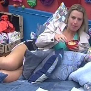 Fernanda desabafa com Andressa sobre relacionamento com André