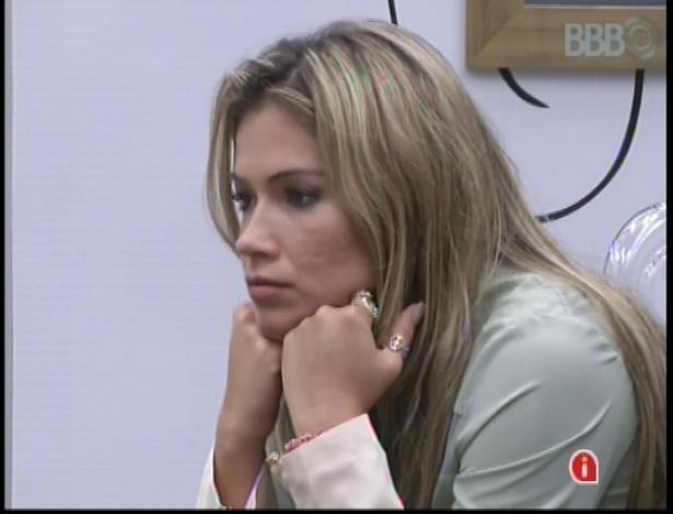 16.jan.2013 - Fani aconselha Andressa sobre relacionamento com Nasser
