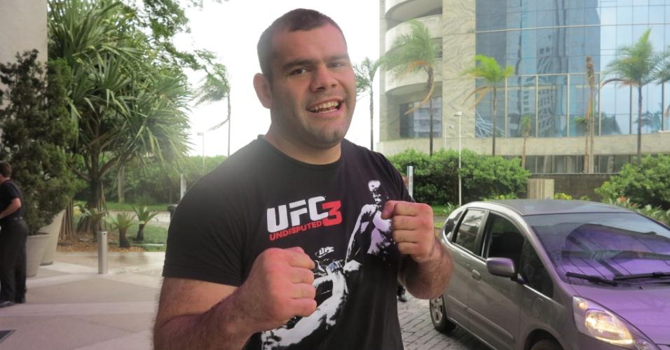 16.jan.2013 - Gabriel Gonzaga, o Napão, lutará no UFC SP para recuperar moral na organização após período em baixa