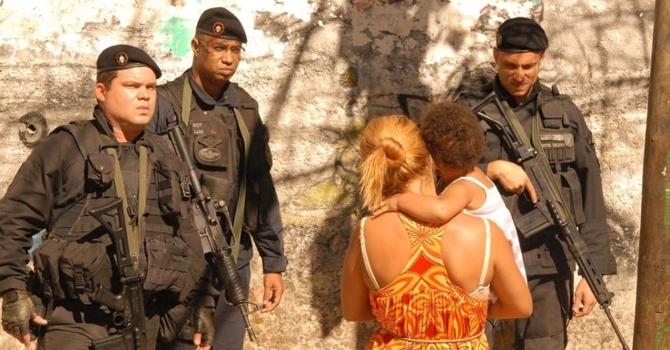 Policiais do Bope ocupam a comunidade do Jacarezinho, na zona norte do Rio