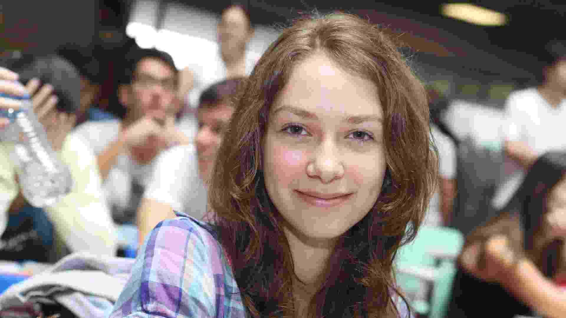 18.jan.213 - Tais Padovani, 17, foi aprovada pelo Sisu (Sistema de Seleção Unificada) para o bacharelado de ciência e tecnologia da UFABC (Universidade Federal do ABC) - Aline Arruda/UOL