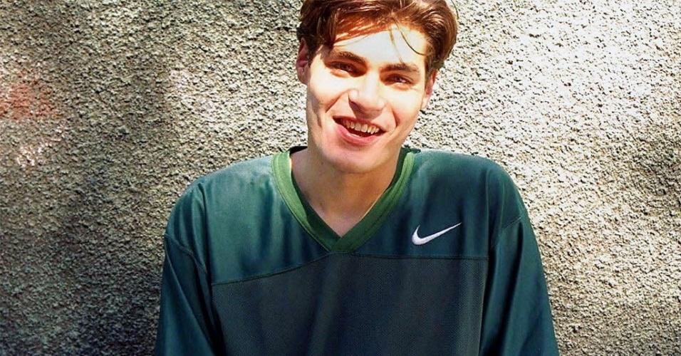 (1997) Thiago Lacerda em foto do início da carreira. O ator estreou na TV em