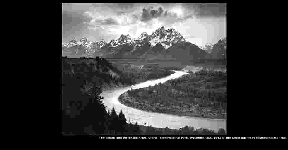 Mais conhecido por suas paisagens drámaticas e inspiradoras, o americano Ansel Adams é considerado um dos fotógrafos mais influentes da história dos Estados Unidos - Coleção Centro para a Fotografia Criativa, Universidade do Arizona © The Ansel Adams Publishing Rights Trust