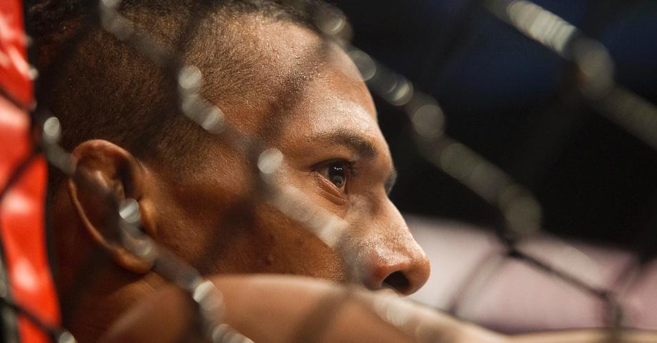 19.jan.2013 - Yuri Marajó enfrentou Pedro Nobre em mais uma luta de brasileiros no UFC São Paulo