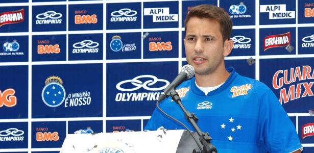 Everton Ribeiro admite atuar de atacante, mas prefere jogar como meia no Cruzeiro