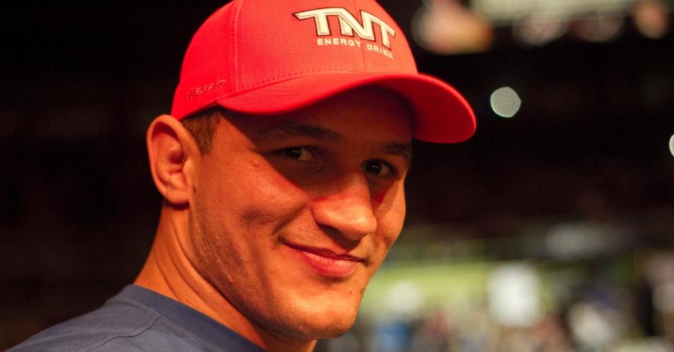 19.jan.2013 - Júnior Cigano compareceu ao ginásio do Ibirapuera para prestigiar as lutas do UFC SP