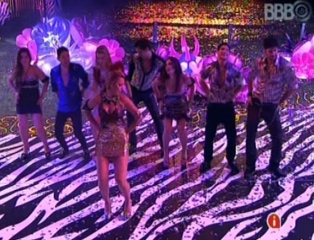 """20.jan.2013 - Brothers dançam coreografia de """"Macarena"""", puxados pela mineira Marien"""