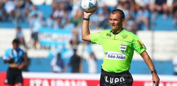 Fla entrará com representação contra árbitro de jogo contra Chape na CBF
