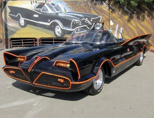 Batmóvel original da série de TV da década de 60 é exibido em Los Angeles - AP Photo/Courtesy Barrett-Jackson/George Barris