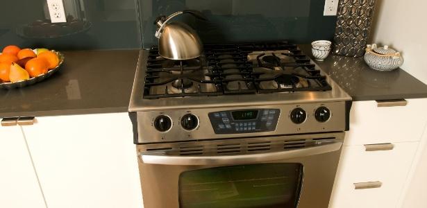Se sua cozinha de poucos metros quadrados será planejada, o fogão embutido é uma boa alternativa - Getty Images