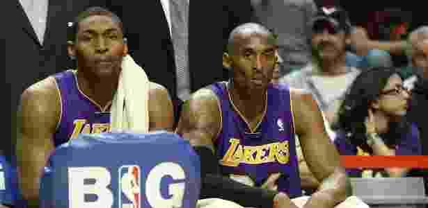 """Lakers acumularam mais uma derrota e vivem crise com o técnico Mike D""""Antoni - EFE/Kamil Krzaczynski"""