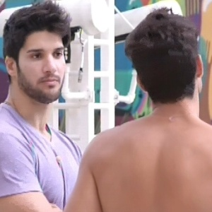 Marcello e André conversam sobre o jogo