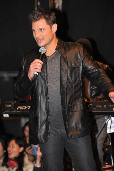 22.jan.2013 Nick Lachey da banda 98 Degrees se apresenta no Irving Plaza em New York City durante o anúncio da turnê conjunta com os grupos New Kids On The Block e Boyz II Men