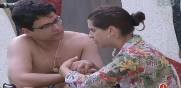 "23.jan.2013 - Andressa diz a Ivan que gosta de Nasser ""só nas horas vagas"""