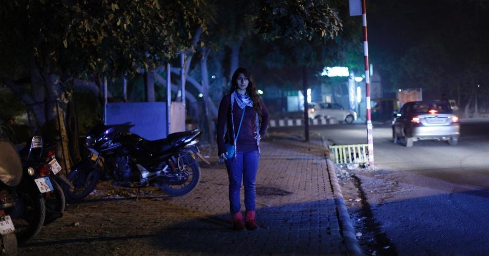 """23.jan.2013 - Ishita Matharu, 23, que trabalha para uma empresa multinacional, posa para uma fotografia em Nova Déli, em 16 de janeiro de 2013. """"Estou mais confiante para sair da minha casa tarde da noite e não tenho mais medo de dirigir sozinha ou sair com os amigos"""", disse Ishita que teve aulas de defesa pessoal durante quatro anos. Após o estupro de uma estudante de 23 anos, a questão da segurança das mulheres passou a ser discutida por toda a Índia"""