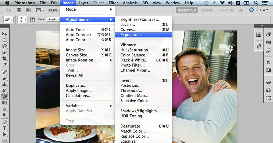 Para resolver problemas de luminosidade e de contraste, utilize o Image > Adjustments > Exposure (Imagem > Ajustes > Exposição). É mais avançado que o ajuste de brilho e contraste do Photoshop