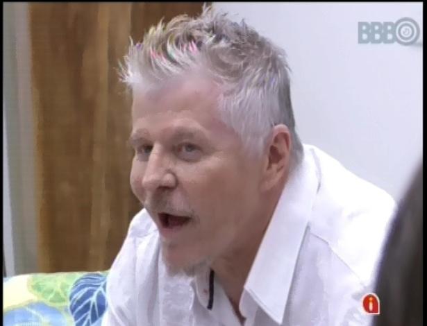 """24.jan.2013 - Miguel Falabella visitou a casa do """"BBB13"""""""