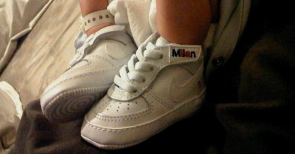 24.jan.2013 - Piqué postou foto dos pés do filho recém-nascido