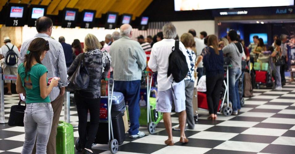 24.jan.2013- Movimentação no aeroporto de Congonhas, zona sul de São Paulo (SP), na manhã desta quinta-feira (24), véspera de feriado do aniversário da cidade de São Paulo