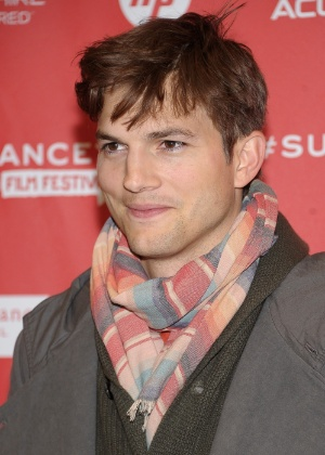 O ator Ashton Kutcher quer ter a chance de trocar a filha, de cinco meses - Michael Loccisano/Getty Images/AFP