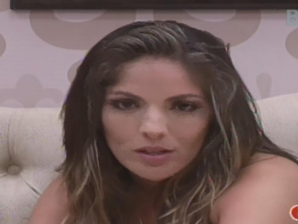 26.jan.2013 - Anamara promete falar com Eliéser se voltar e se compara com Marcelo Dourado, campeão do