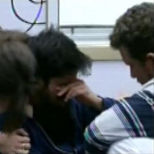 Marcello chora durante conversa com Aslan