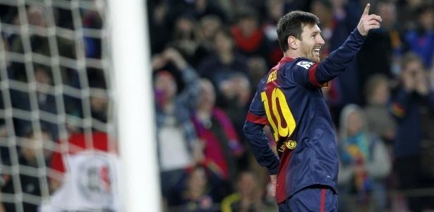 Messi comemora gol sobre o Osasuna durante partida válida pelo Espanhol