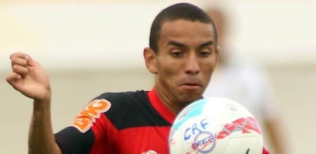 Rafinha se destacou no início do Carioca e assinou novo, e milionário, contrato com Fla