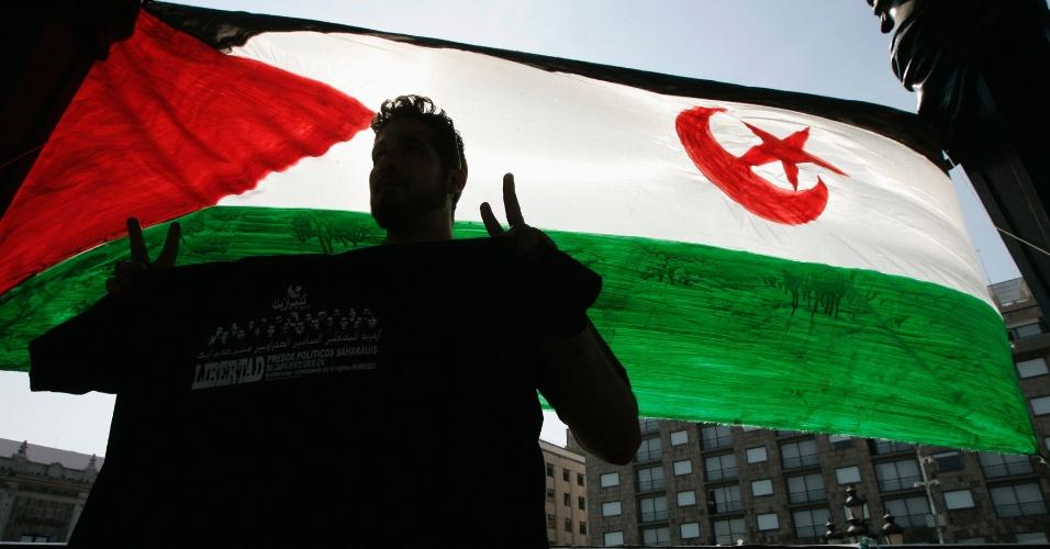 27.jan.2013 - Ativista participa de manifestação para exigir a libertação de presos políticos marroquinos, em Guadalajara (México)