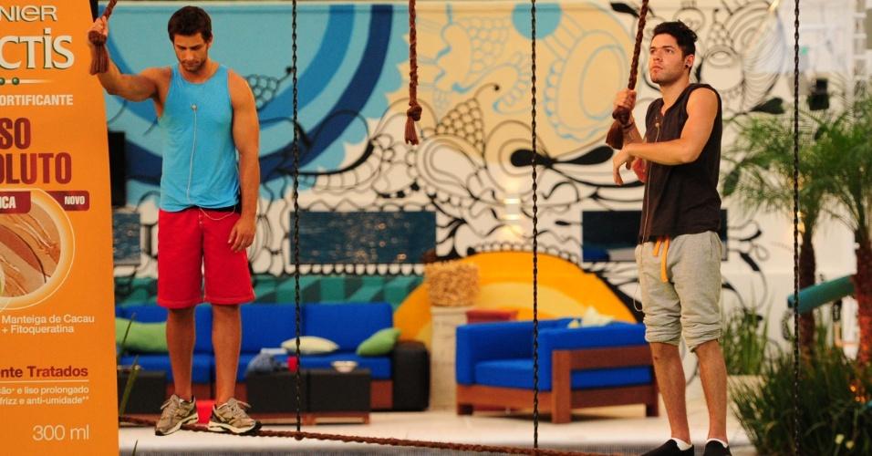 25.jan.2013 - Eliéser e Nasser disputaram durante onze horas a prova que valia a liderança
