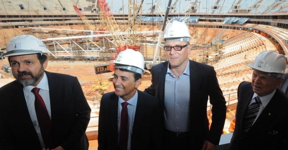 28.jan.2013 - Agnelo Queiroz, Bebeto, Jérome Valcke e José Maria Marin