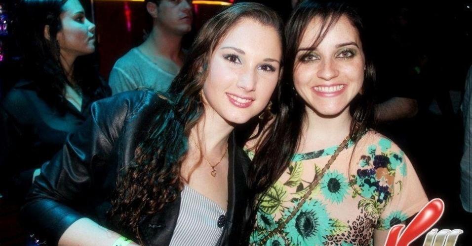 28.jan.2013 - Bruna Graeff (esq) foi uma das vítimas do incêndio que matou mais de 230 pessoas, em sua maioria jovens, na boate Kiss, em Santa Maria (RS)