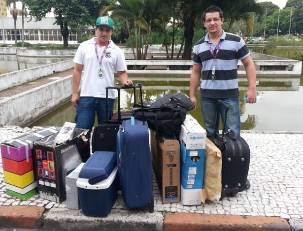 28.jan.2013 - Idevan Silva (esq), de São Paulo, e Bruno Cardoso, de Joinville (SC) foram preparados até o evento