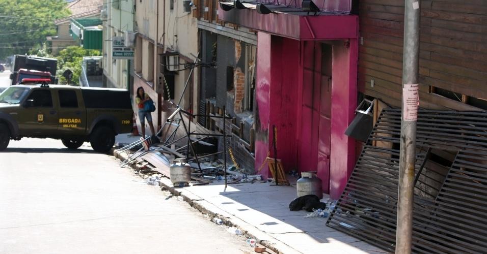 29.jan.2013 - Fachada da boate Kiss destruída depois do incêndio da madrugada de domingo, que deixou mais de 230 pessoas mortas