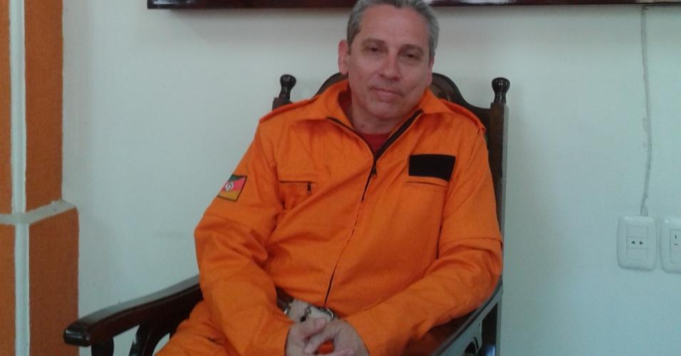 29.jan.2013- O Major Gerson Pereira trabalhou no resgate das vítimas do incêndio em uma boate em Santa Maria (RS). Ele diz ter chorado várias vezes desde operação. Pelo menos 231 pessoas morreram
